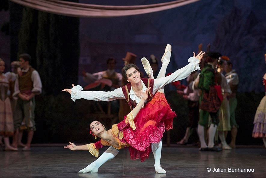 Mathilde Froustey et Pierre-Arthur Raveau dans Don Quichotte, photo Julien Benhamou