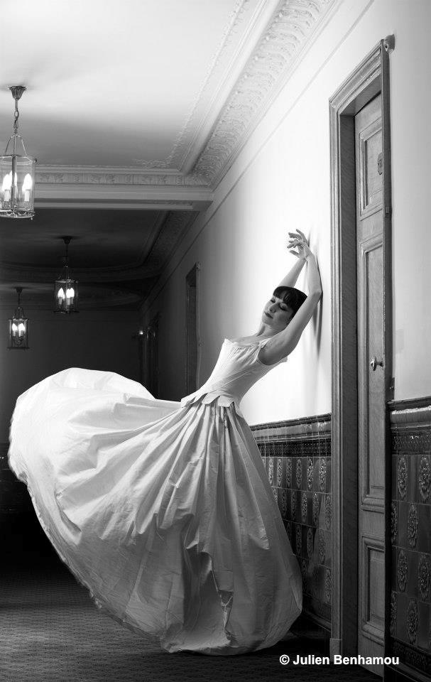 Sarah Kora Dayanova par Julien Benhamou