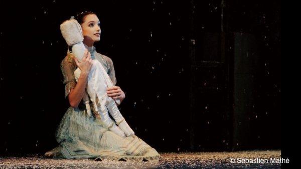 Dorothée Gilbert dans Casse Noisette