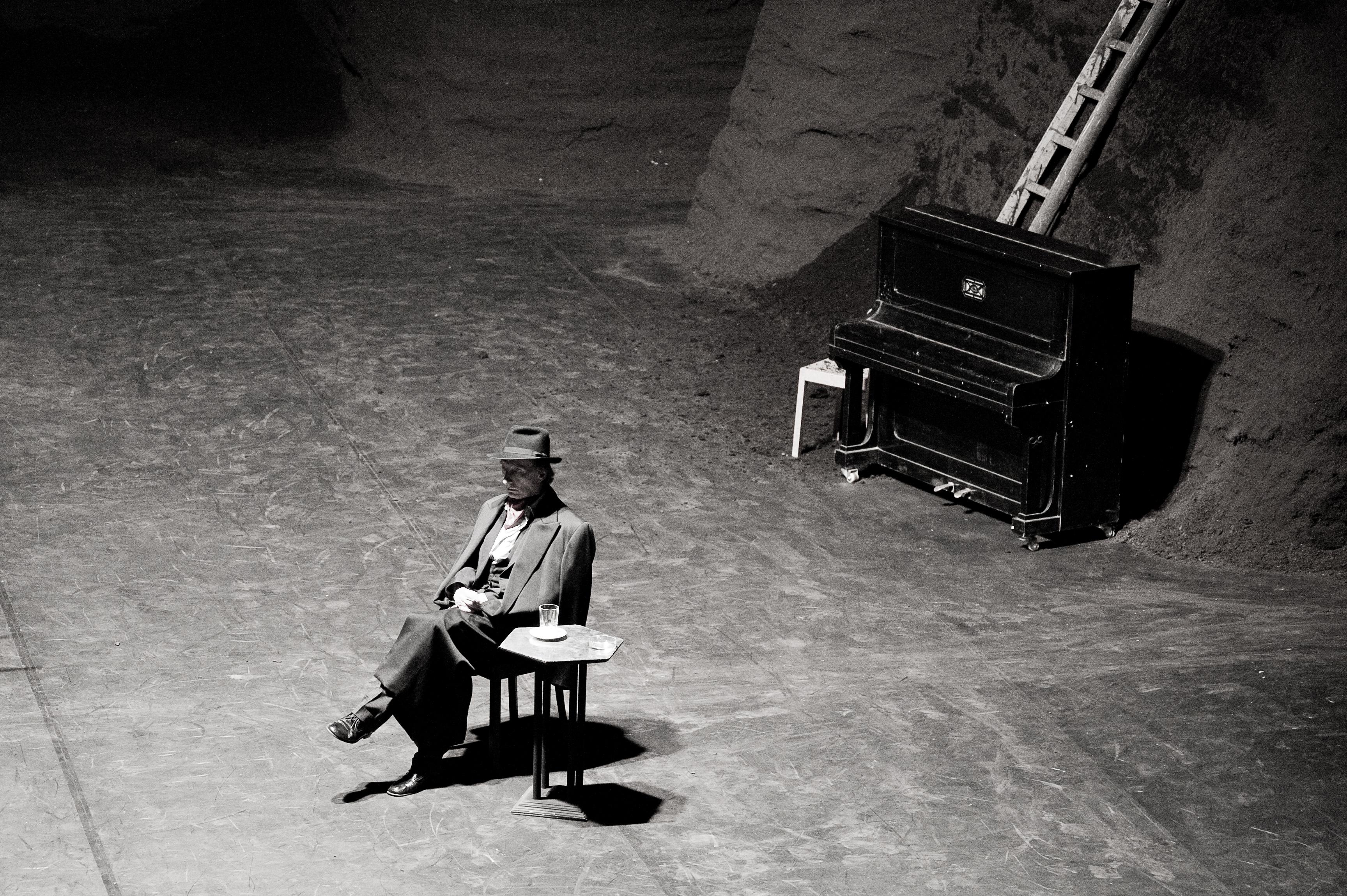 Viktor, Pina Bausch, Théâtre du Châtelet